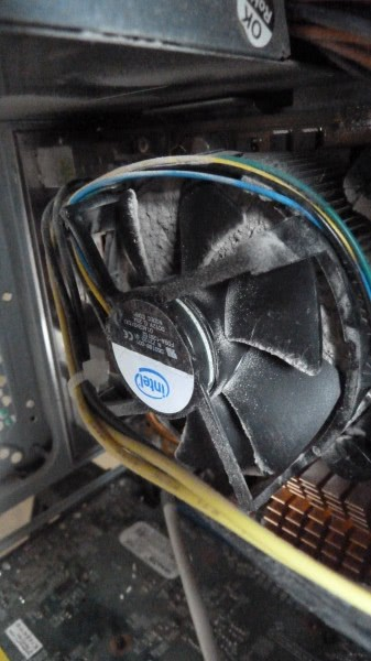 cleaning computer