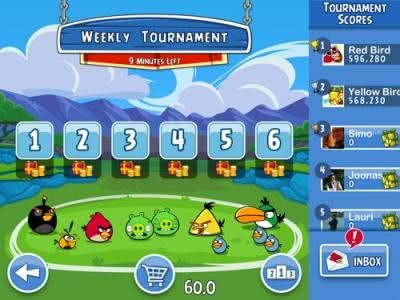 A new time waster - Angry Birds Friends heads for mobile devices